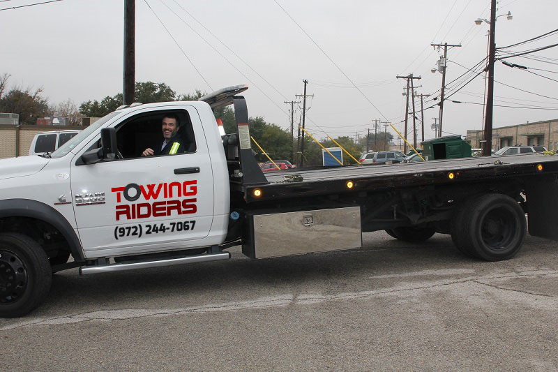 Towing Riders in Dallas TX